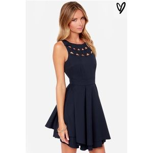 Lulus triangle cutout navy dress size L